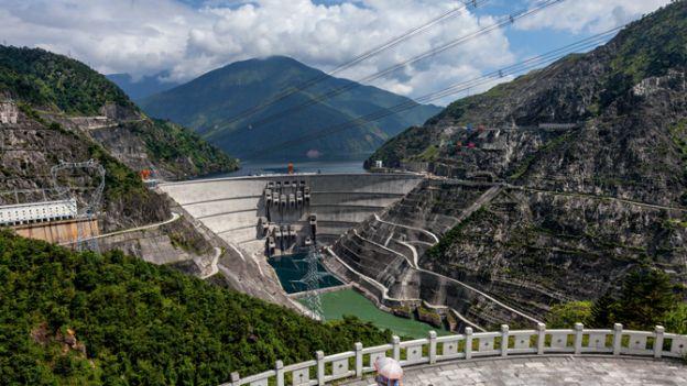 01-china-xiaowan-dam-670