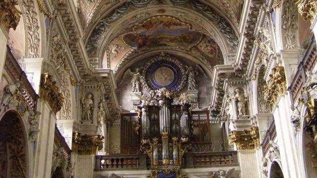 Wnętrze klasztoru w Broumovie