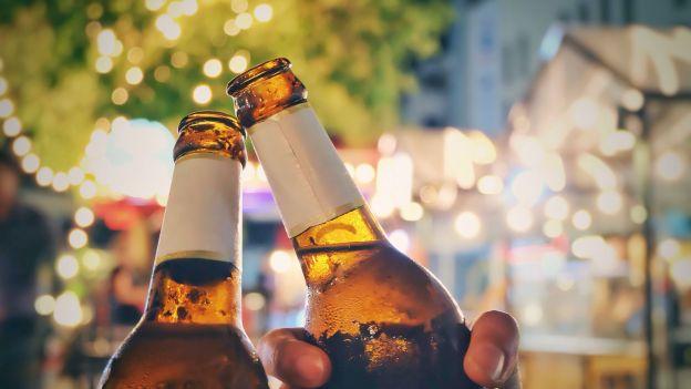 Kufel piwa ułatwi rozmowę w obcym języku. Przetestowane na rozmówce z Holendrami