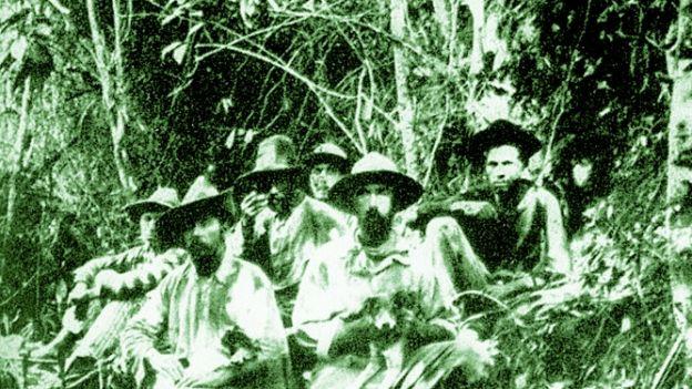 Fawcett (z przodu z prawej) z ekipą poszukującą źródeł rzeki Rio Verde w 1908 r.