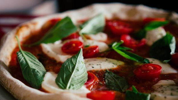 Pizza na śniadanie lepsza niż większość płatków. Oficjalne stanowisko dietetyka