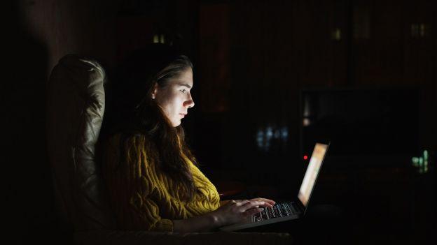 Cała prawa o świetle LED. Czy naprawdę powinniśmy się go obawiać?