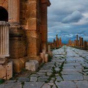 13-triumphal-arch-thamugadi-algeria-670