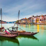 Portugalia coraz popularniejsza wśród Polaków! Sprawdź, dokąd i na ile wybieramy się najchętniej
