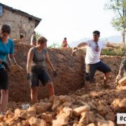 """Polacy chcą pomóc zniszczonemu Nepalowi. Projekt """"Mała Polska w Nepalu"""""""