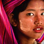 Pawel_Jagiello_Dziewczynka_z_Birmy