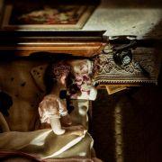 Milionerka zafascynowana zbrodniami odtwarza je w niesamowitych miniaturach. Piękne, ale trochę straszne