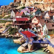 Popeye Village, Malta. Bajkowa sceneria