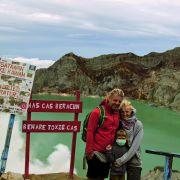 Sonia Pańta, Marcin Graczyk i 6-letnia Marysia (wulkan Ijen, Indonezja)