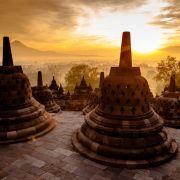 4. Wschód słońca w Indonezji