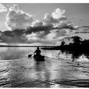 Amazonka w biało-czarnym kadrze 2