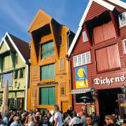 Kolorowe drewniane domy  w Stavangerze.  Jak z bajki!