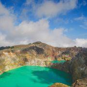 Magiczne wody na wyspie kwiatów – Flores (Indonezja)