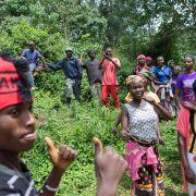Mieszkańcy okolicznych wiosek także przyszli się pobawić i zobaczyć biegaczy.