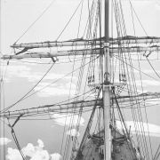 "Statek ""Aurora"" przemierza morze Dumont d'Urville'a"