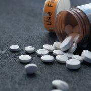 Nowy lek przeciwbólowy aż 5 tys. razy mocniejszy niż morfina. Od polskich naukowców