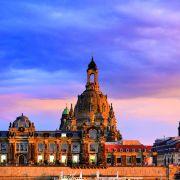 To dopiero odpoczynek z widokiem! W Dreźnie można posiedzieć nad Łabą i bez końca zachwycać się architekturą.