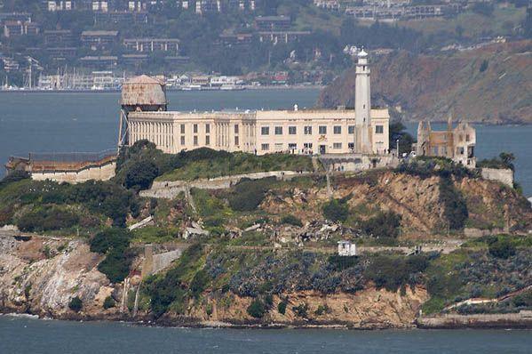 alcatraz-prison-picture.jpg__Obrazek_JPEG__600x401_pikseli__1251734461565_kopia
