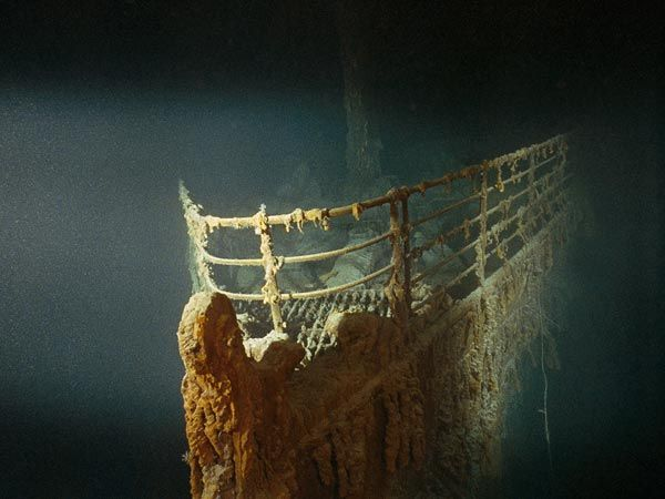 titanic-rusticles-new-microbial-life_29971_600x450