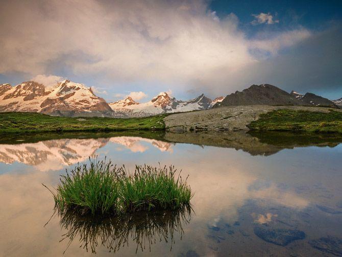 01-graian-alps-pond-670