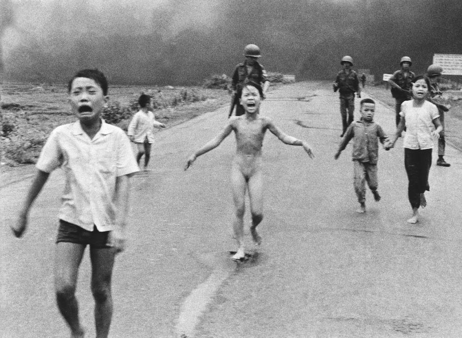 Znalezione obrazy dla zapytania wietnam zdjęcia wojna