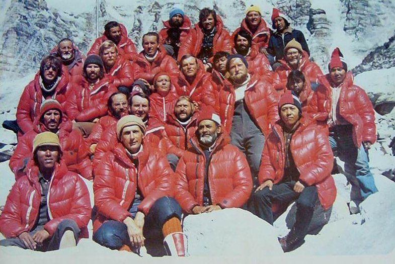 Członkowie historycznej wyprawy z 1980 roku (fot. Fundacja Himalaizmu Polskiego im. Andrzeja Zawady)