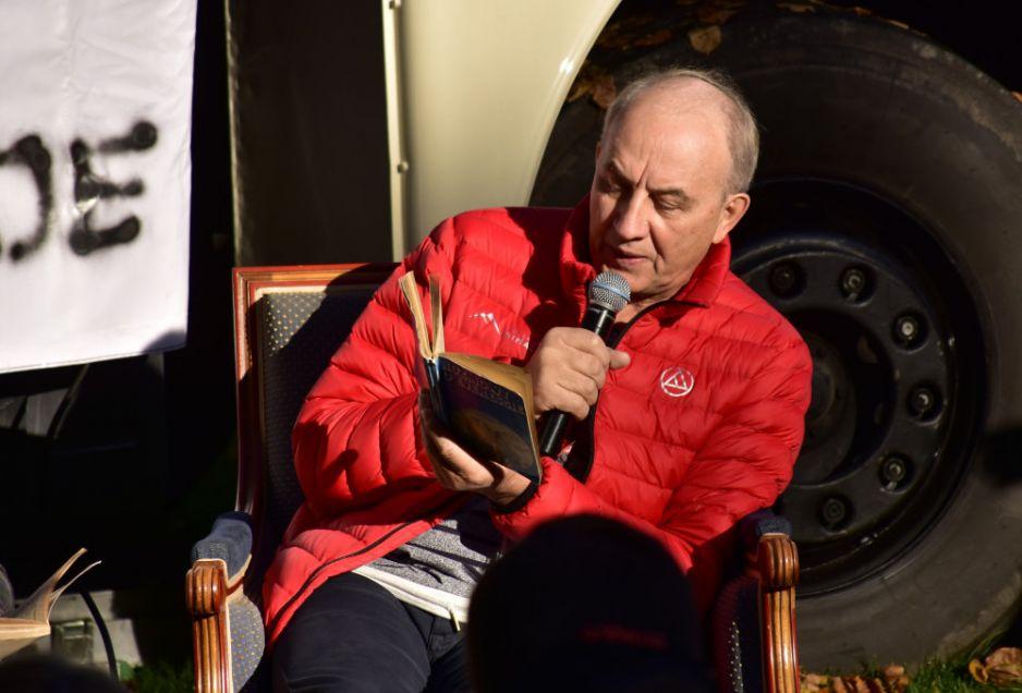 Leszek Cichy w czasie Festiwalu Górskiego w Lądku Zdroju (fot. Albin Marciniak/East News)