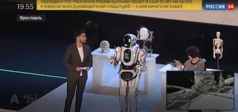 Rosja: Miało być tak nowocześnie. Technologiczny robot-cud okazał się… człowiekiem
