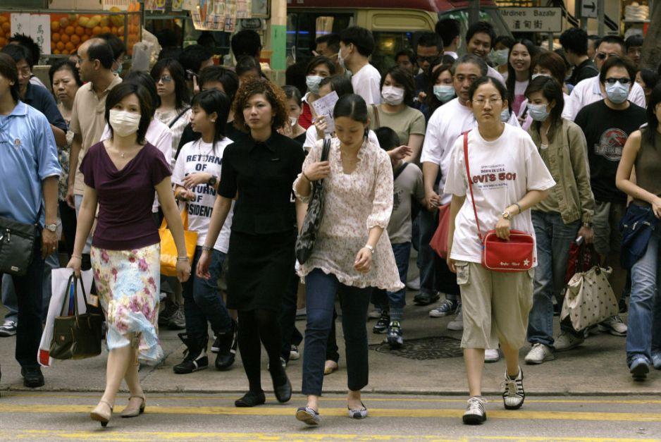 Dziennik Ludowy zapewnia, że nieznana choroba nie ma nic wspólnego z SARS (fot. Edward Wong/South China Morning Post/Getty Images)