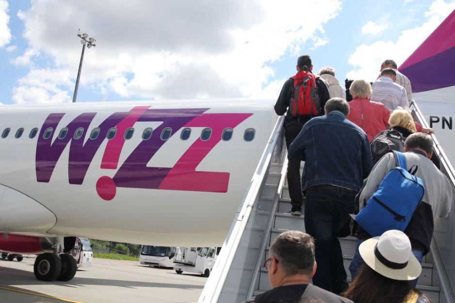 WizzAir ogranicza loty z Polski do Włoch (fot. Getty Images)