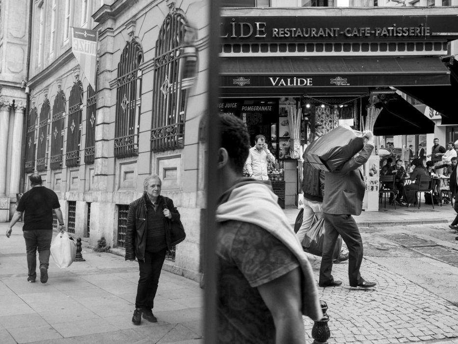 Fotografia uliczna (street photography). Porady Mikołaja Nowackiego, jak uprawiać fotografię uliczną