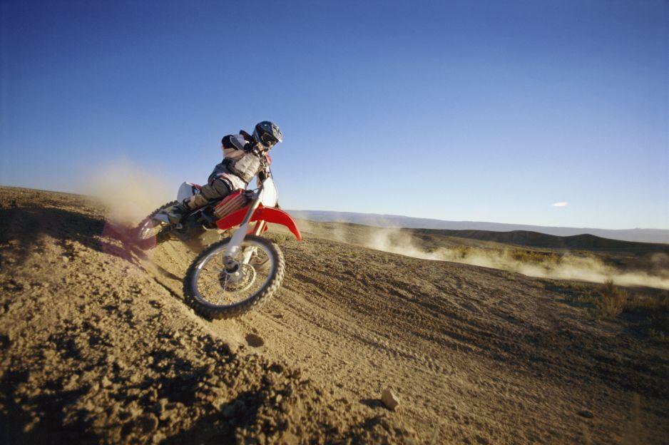 Motocross: jak zacząć trenować? Jak wybrać sprzęt i gdzie można jeździć? (fot. Getty Images)
