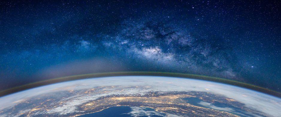 W naszej galaktyce może znajdować się 6 mld planet podobnych do Ziemi (fot. Getty Images)