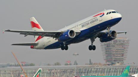 G-EUUN__British_Airways_-_Airbus_320-200__w_galerii_zdjec_lotniczych_1260788520158_kopia