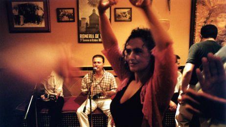 Chcecie poczuć esencję Espanii? Posłuchać flamenco, napić się ciężkiego wina, objeść się tłustymi oliwkami i zatańczyć na fieście? Jedźcie do Andaluzji!