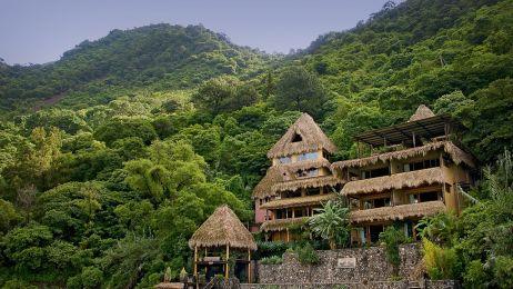 Laguna Lodge1