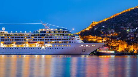 Te statki zabiorą cię w luksusowy rejs dookoła świata