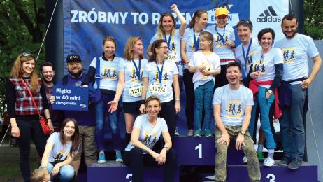 Ekipa Travelera podczas sztafety maratońskiej Ekiden.