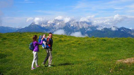 Z dzieckiem w Alpach