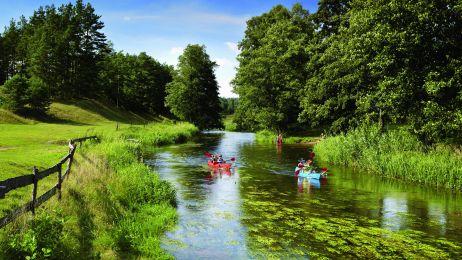 Spływ kajakowy rzeką Rospudą.