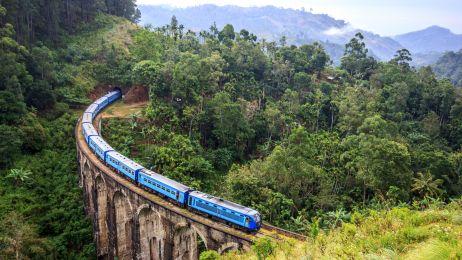 Widoki z pociągu - niesamowite!