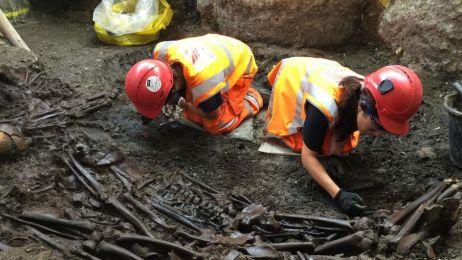Odnaleziony w Londynie grób kryje sekret czarnej śmierci? Badania DNA to sprawdzą