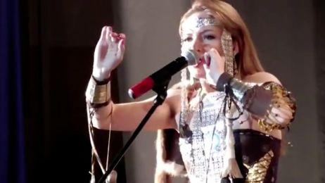 Ta kobieta ma niesamowity talent. Naśladuje głosy zwierząt
