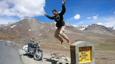 550 km motocyklem przez Himalaje