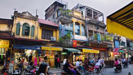 Głośne, zatłoczone,  ale za to  z charakterem. Takie jest Hanoi.