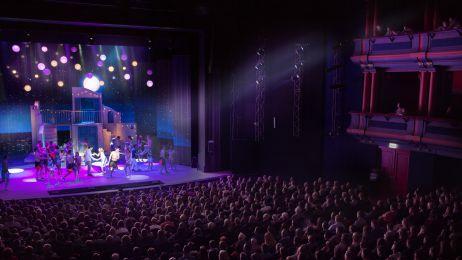 Na każdym przedstawieniu  od dnia premiery na widowni teatru ROMA zasiada komplet widzów.