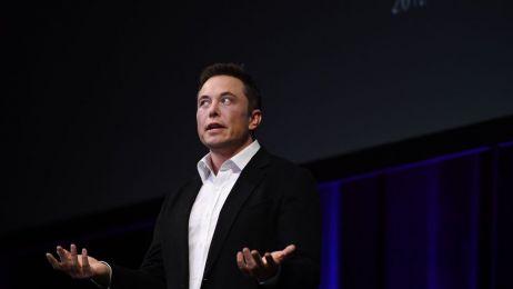 Krótszy czas pracy? Elon Musk: nie ma takiej opcji