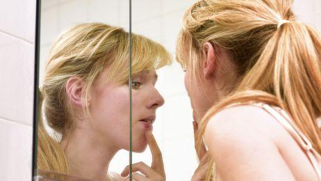 Wirus opryszczki odgrywa rolę  w chorobie Alzheimera. Nowe badanie