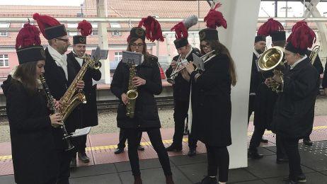 Orkiestra witająca gości COP24