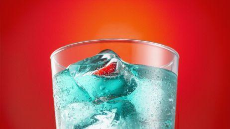 Słodkie napoje są groźne dla zdrowia. Nowe badanie: mogą skracać życie